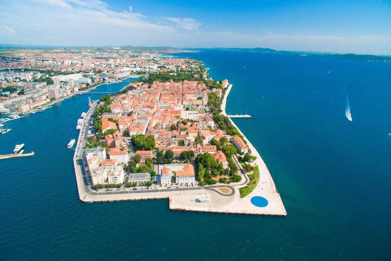 современные хорватия город задар фото взбалтывается перекачивается